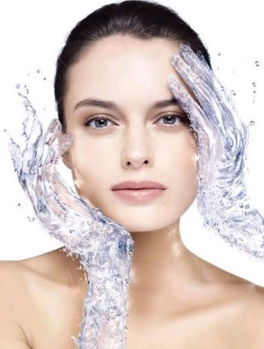 Glycerin cung cấp ẩm cho làn da