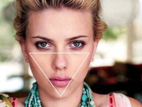 Đối với khuôn mặt tam giác