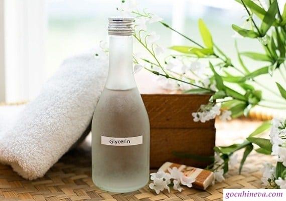 Glycerin giúp dưỡng ẩm, làm sạch da thích hợp cho da dầu