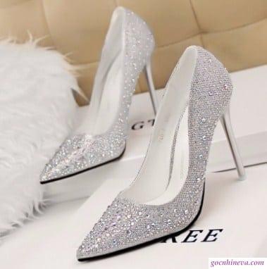 giày nữ đính cườm