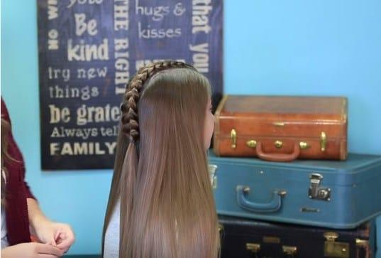 Học cách tết tóc xương cá cho mùa hè sắp đến 12