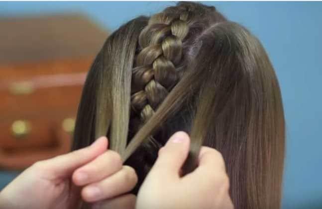 Học cách tết tóc xương cá cho mùa hè sắp đến 13