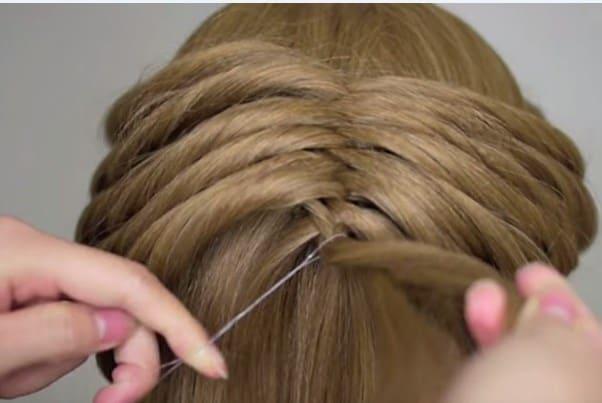 Học cách tết tóc xương cá cho mùa hè sắp đến 20