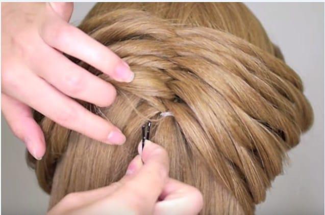 Học cách tết tóc xương cá cho mùa hè sắp đến 21