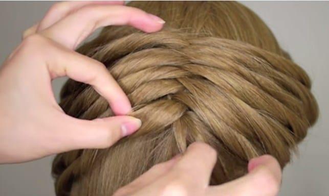 Học cách tết tóc xương cá cho mùa hè sắp đến 22