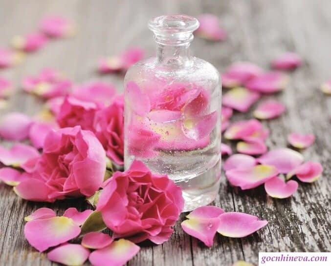 Nước hoa hồng nào tốt?