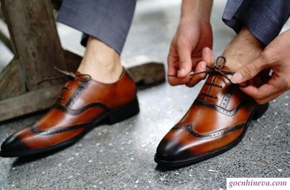 top 9 giày nam cực chất