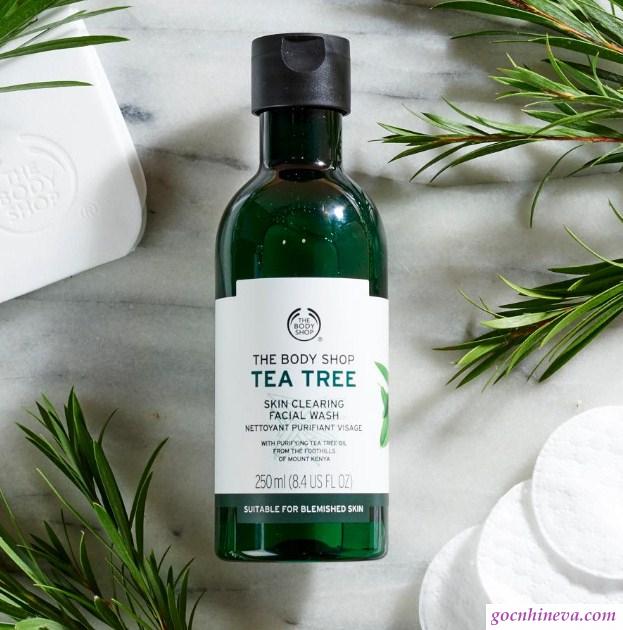 Sữa rửa mặt Tea Tree Skin Clearing Facial Wash giúp bạn không còn phải lo ngại mụn, nám, tàn nhang, lão hóa da