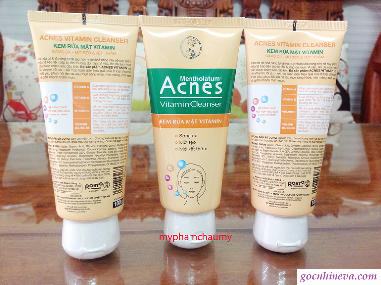 Acnes Vitamin Cleanser