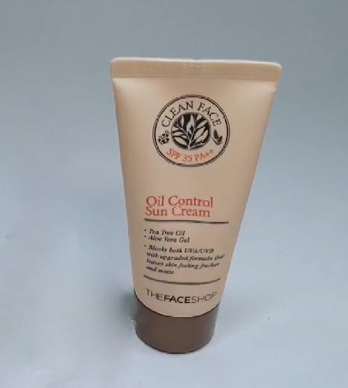 The face shop Clean Face Oil Control Sun Cream
