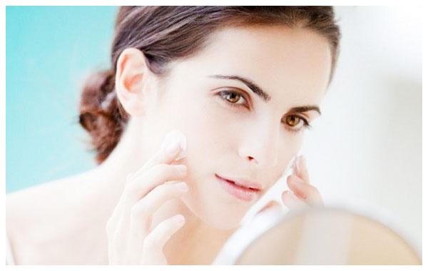 Tác dụng của kem dưỡng ẩm cho làn da
