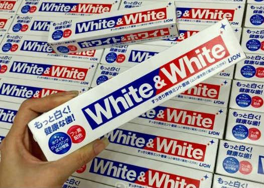 Kem đánh răng White & White Lion Nhật Bản