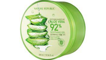 """sản phẩm gel lô hội Aloe Vera 92% Soothing Gel của Nature Republic đang là một trong những sản phẩm """"bán chạy nhất"""" có lượng review cực khủng."""