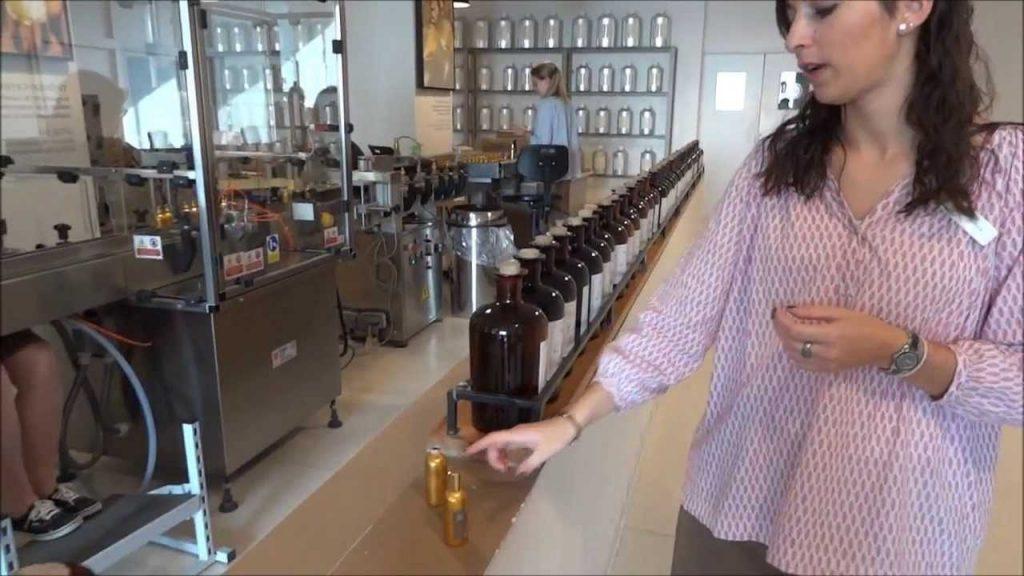 Những nguyên liệu thường thấy của một chai nước hoa pháp