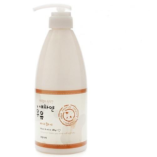 Sữa tắm trắng da Hàn Quốc Welcos White Milk Body Wash.