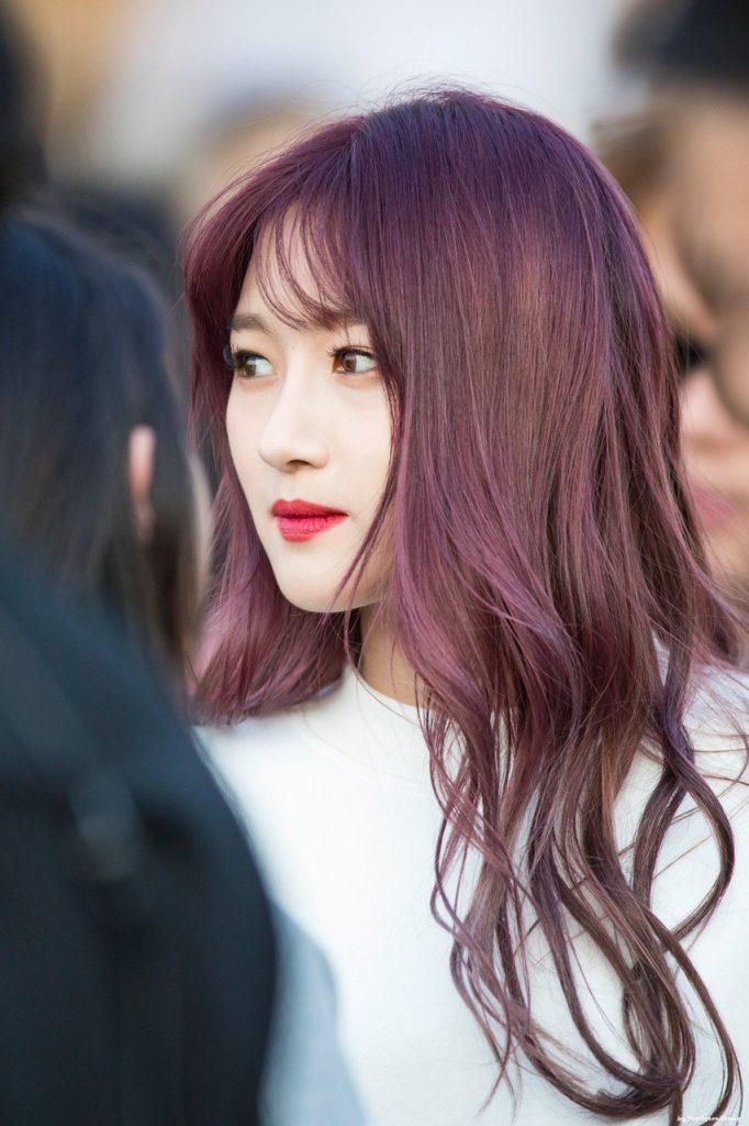 Màu đỏ ánh tím