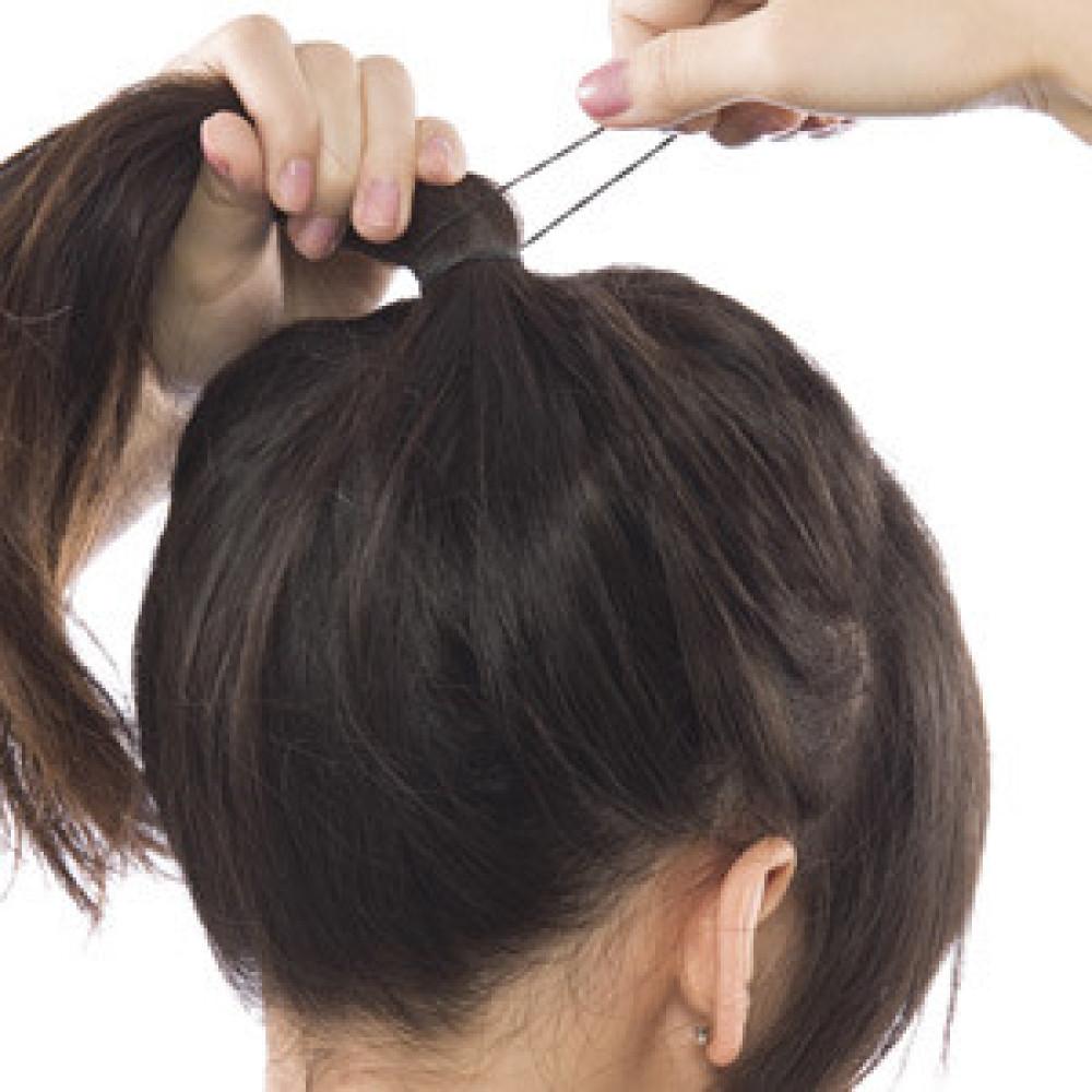 Cột tóc quá chặt