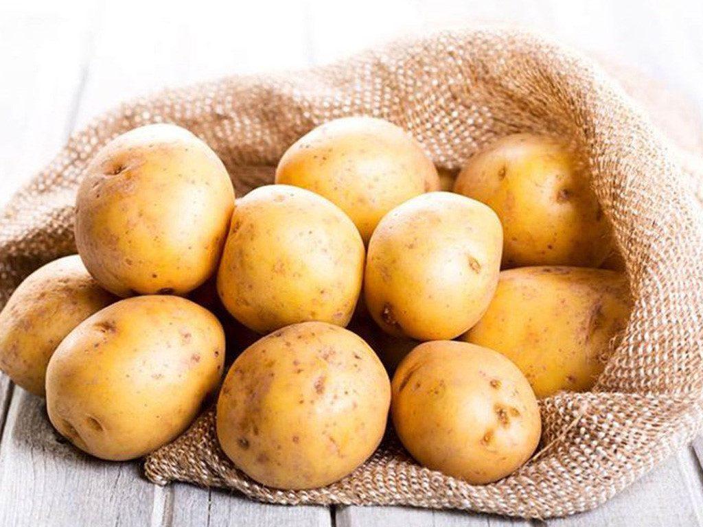Cách trị tàn nhang từ khoai tây khá đơn giản