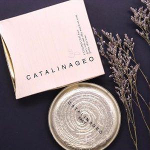 Công dụng phấn phủ siêu mịn Catalina Geo Pact